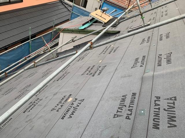 屋根の防水紙