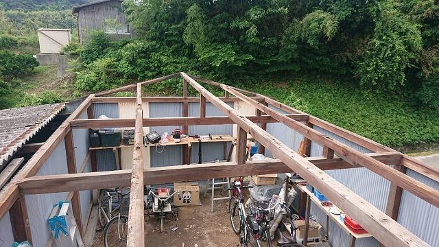 倉庫の屋根工事