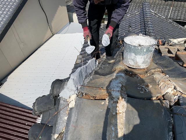 丸瓦の修理
