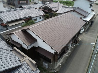 施工後の東面の屋根