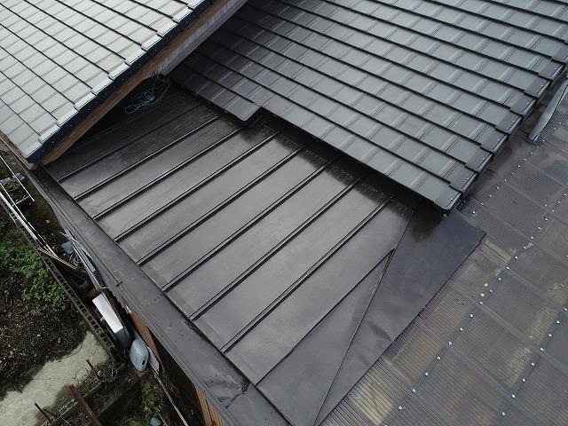 板金屋根の塗装