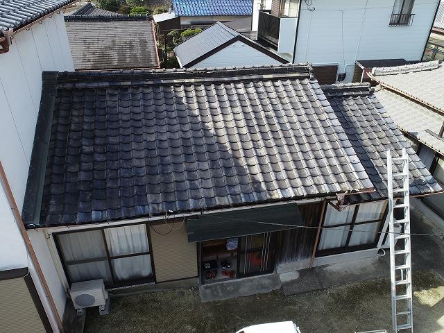 古いしぶし瓦屋根