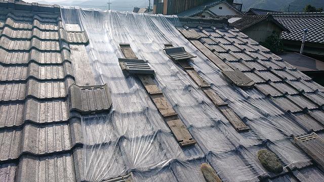 雨漏りする箇所の雨養生