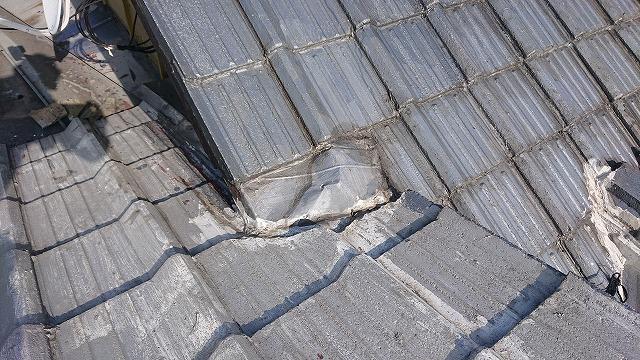 雨仕舞いの難しい屋根