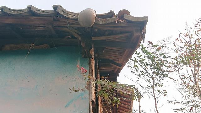 雨漏りで傷んだ木部