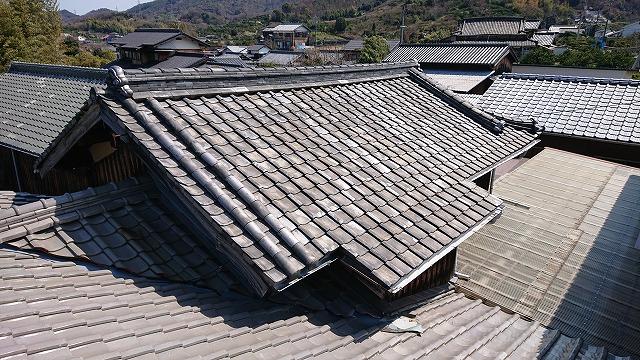 古い菊間瓦の屋根