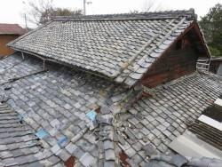 屋根葺き替え工事前の写真