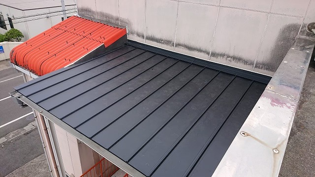 立平葺き金属屋根