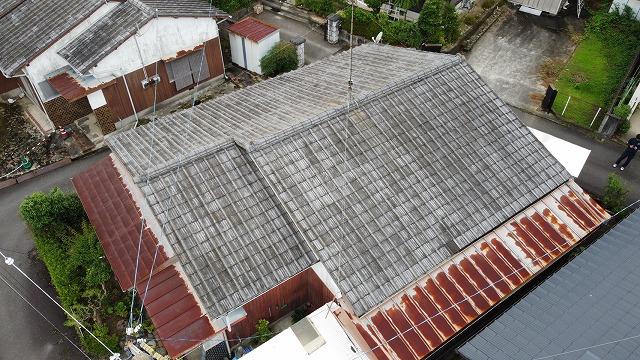 傷んだS型スレート屋根