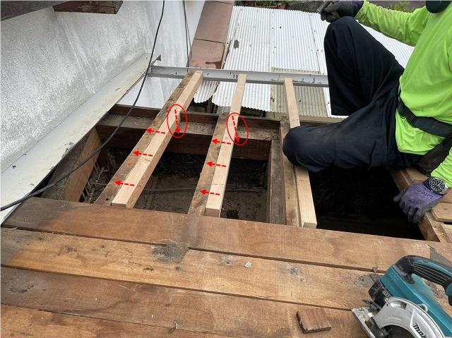 傷んだ垂木の補修工事